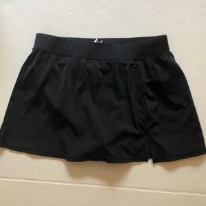 Custom curves black swim bottoms size 8